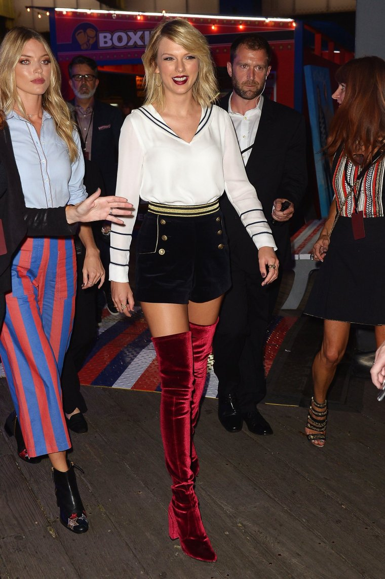 taylor-swift-at-tommy-hilfiger